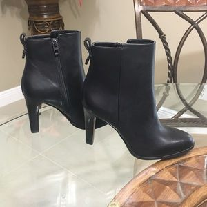 🌹COACH Jemma leather Boots Size 7